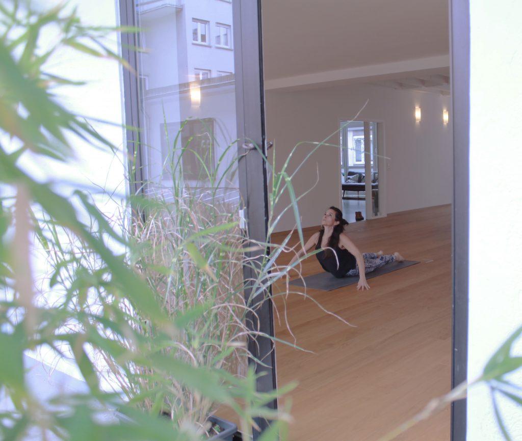 Durchatrmen mit Yoga-Katharina Mehring von Yoga Affairs im Interview